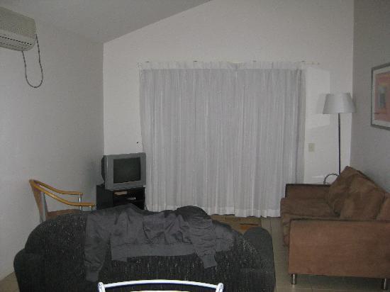 Gold Coast Holiday Park & Motel : Lounge Room