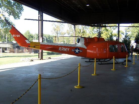U.S. Army Transportation Museum: Copter