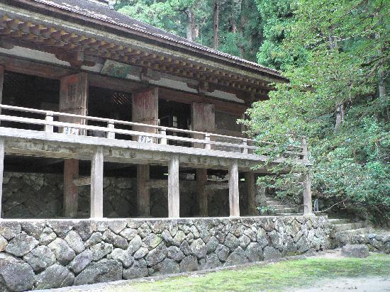 Muroji Temple: 質素なつくりの国宝「金堂」