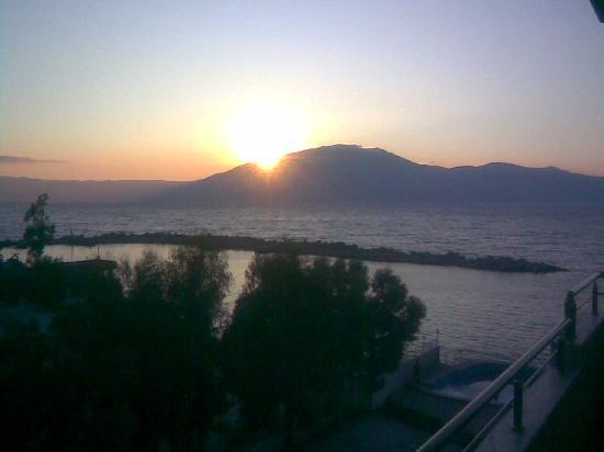 Radhime, Albania: Sunset at the bar.