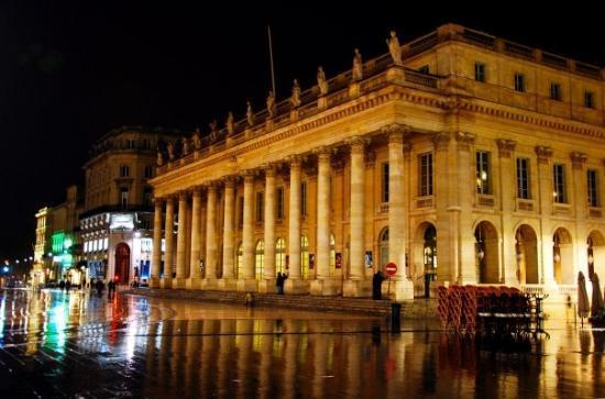le Grand Théâtre - Picture of Grand Theatre - Opera National de ...