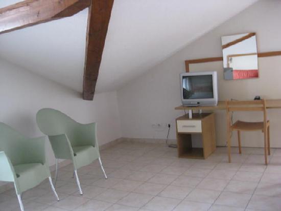 Zenitude Hôtel-Residences La Versoix : livingroom