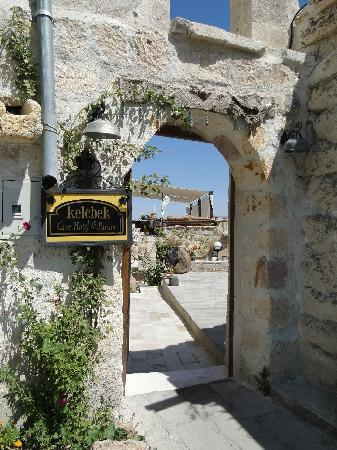 Kelebek Special Cave Hotel: Walking towards reception building