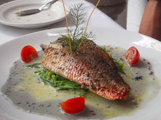 River Cafe : Red Snapper in Champaign and Caviar