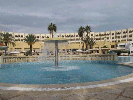 Hotel Palace Hammamet Marhaba: PISCINA