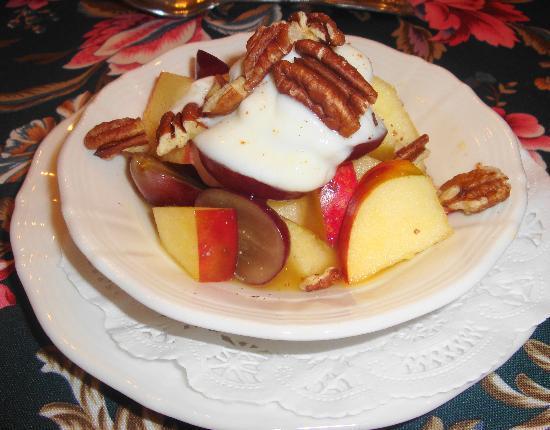 The Inn at Vaucluse Spring : Breakfast fruit