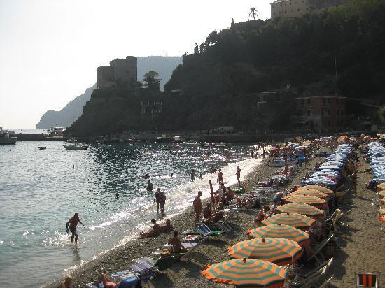 Hotel Villa Steno: The beautiful beach