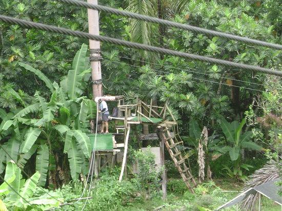 Batey Zipline Adventure: Jorge Preparing the Ziplines