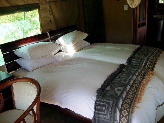 Karukareb Wilderness Reservaat Lodge: ComfortableBedroom