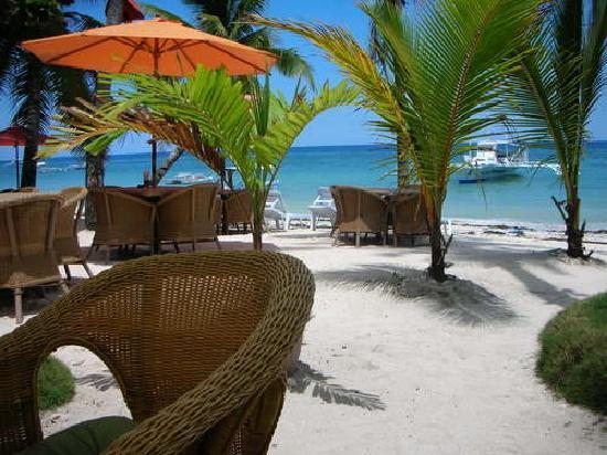 Alona Studios Hotel: Alona Beach - Hayahay