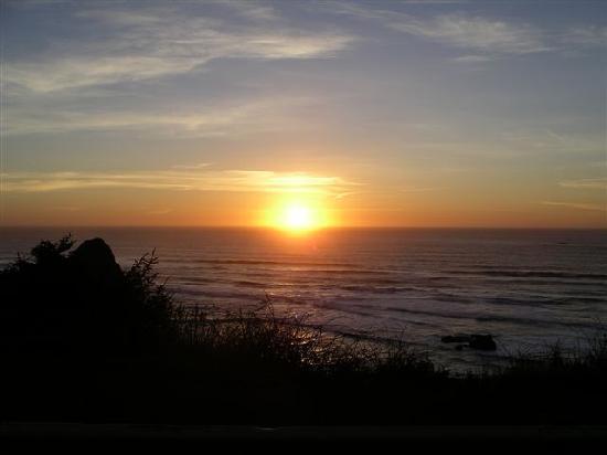 Tolovana Inn: Sunset #2 at the Coast