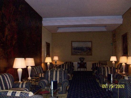 Hotel Mondial: Lounge