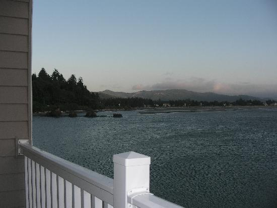 Siletz Bay Lodge: View 2.