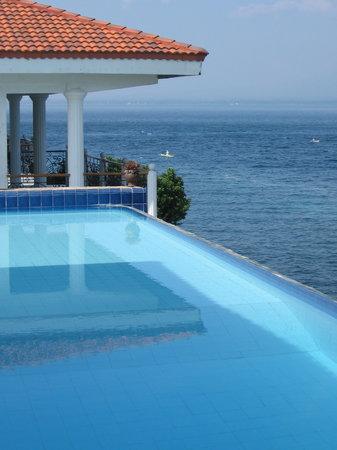 Eden Resort : chambre +piscine