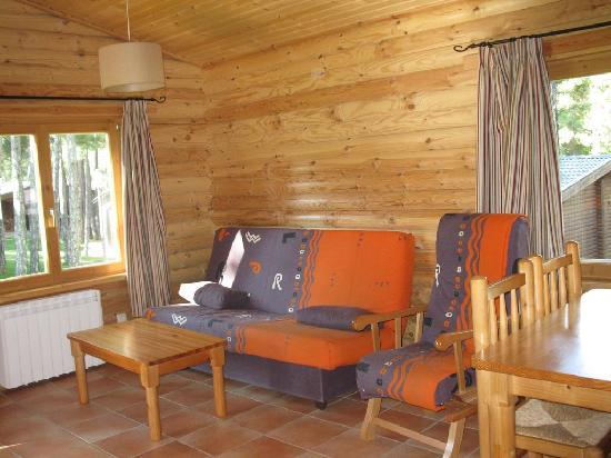Camping Caravaning Cuenca: Saloncito