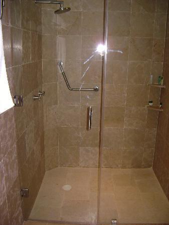 Casa San Diego: Shower
