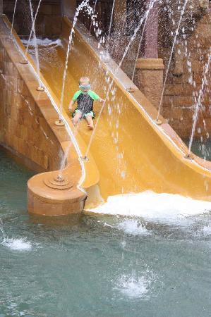 JW Marriott Phuket Resort & Spa : loads of fun for kids