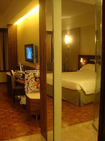 L'hotel Nina et Convention Centre: spacios room