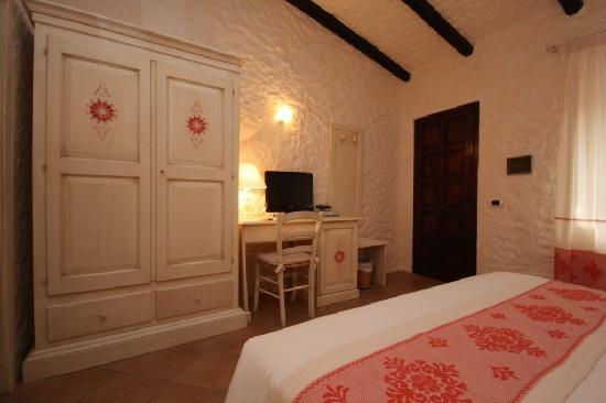 Hotel Don Diego: camera da letto