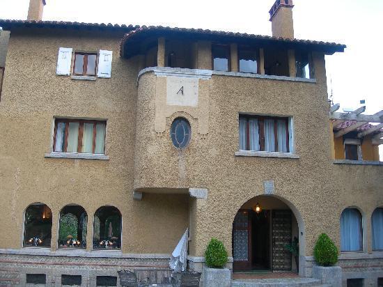 Hôtel Le Mas Fleuri: annexe de l'hôtel