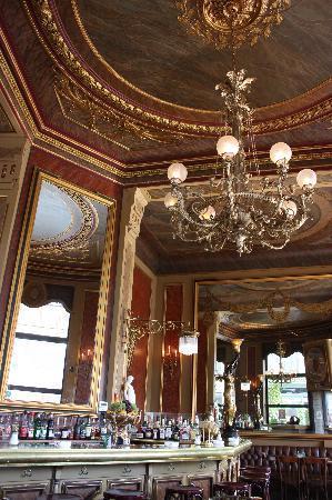 Cafe Savoy: Cafe Interior