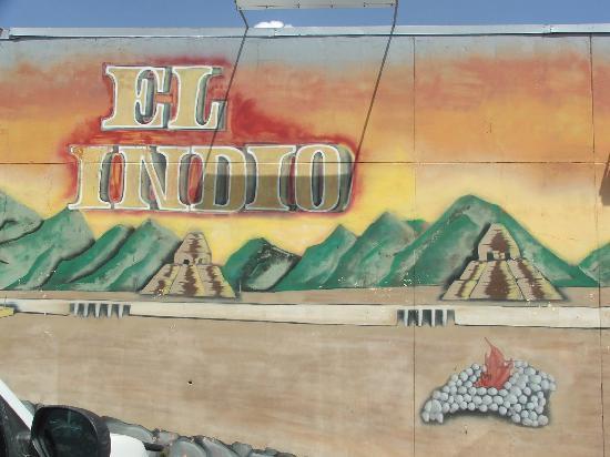 El Indio Mexican Food Restaurant: Colorful art, exterior