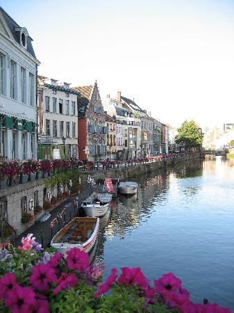 Ghent Marriott Hotel: take a walk in this beautiful town