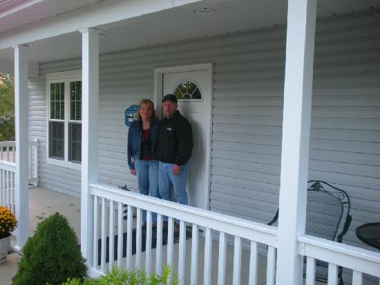 Graystone Cottages: Cathie and Jim