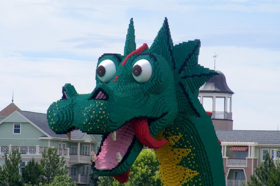 Walt Disney World, Флорида: lego dragon