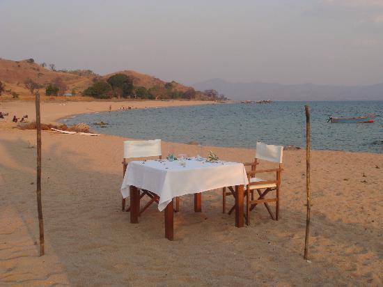 Kaya Mawa: dinner table