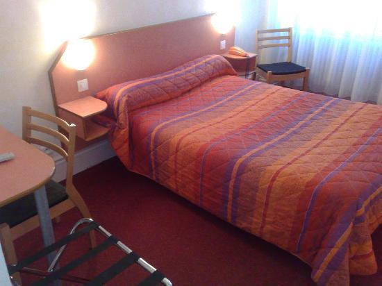 nouvel hotel lons le saunier france voir les tarifs 65 avis et 18 photos. Black Bedroom Furniture Sets. Home Design Ideas