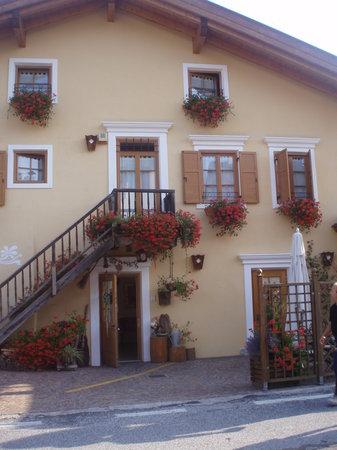 Hotel Salvanel: ingresso esterno