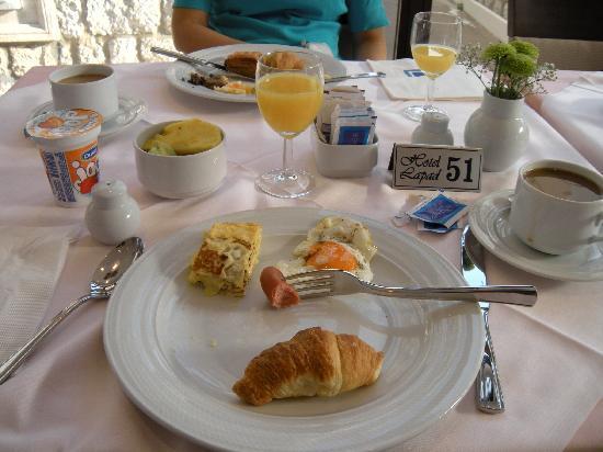Hotel Lapad: Frühstück