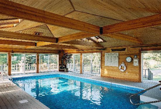 The Moorings: The Swimming Pool