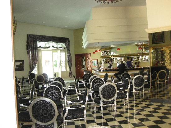 Iberostar Grand Hotel Bavaro : Lobby bar was the place to be at night!