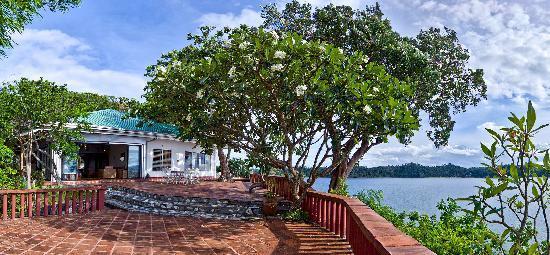 Punta Del Este: Main villa overlooking the sea