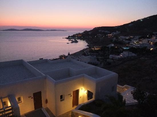 ‪‪Mykonos Grand Hotel & Resort‬: Sunset‬
