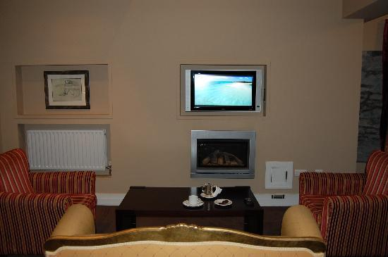 The Ross: Suite - Sitting area