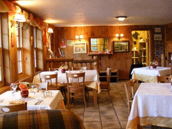 Auberge du Trappeur: la salle à manger