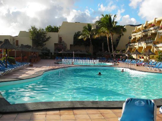 Sol Jandia Mar Aparthotel : la piscine