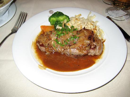 Achalm: メインのステーキ