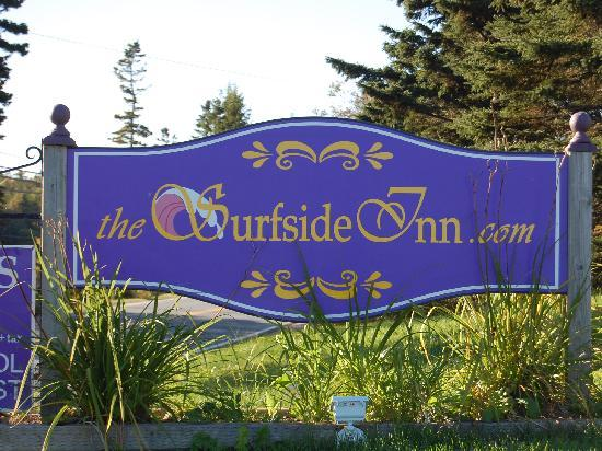 Surfside Inn: The Surfside sign
