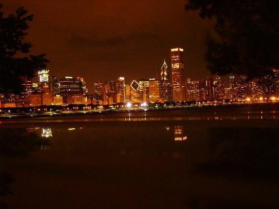 Nighttime bild von chicago illinois tripadvisor for Table 52 chicago tripadvisor