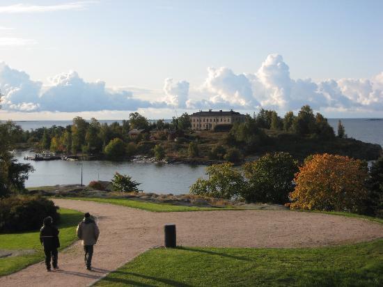 Kaivopuisto: 海を望む2