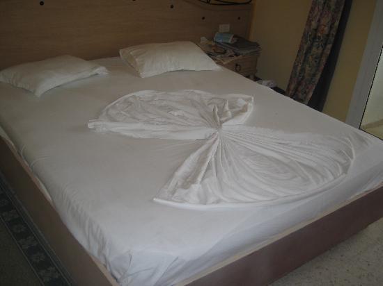 Hotel Golden Beach Monastir : Bed