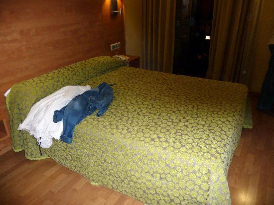 Hotel Avenida: habitación