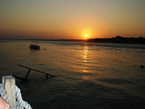 Brasil Tropical Village: Tiba do sul puesta del Sol