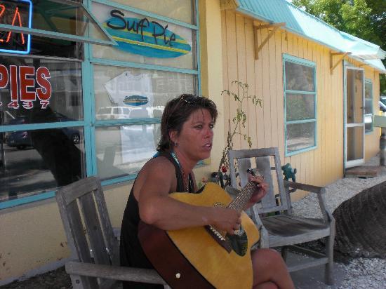 "Surf Pie : ""Talented Owner ~ Lori"""