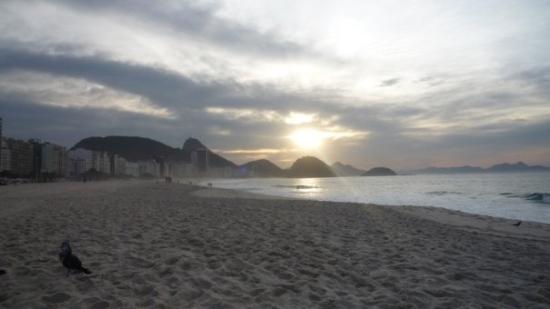 Río de Janeiro, RJ: Rio de Janeiro Sun rise on Copacabana
