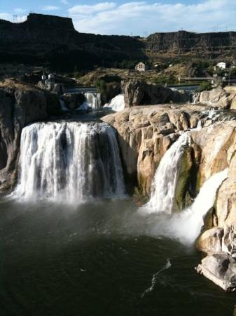 Beautiful Shoshone Falls in Twin falls, ID!  Totally worth the drive!